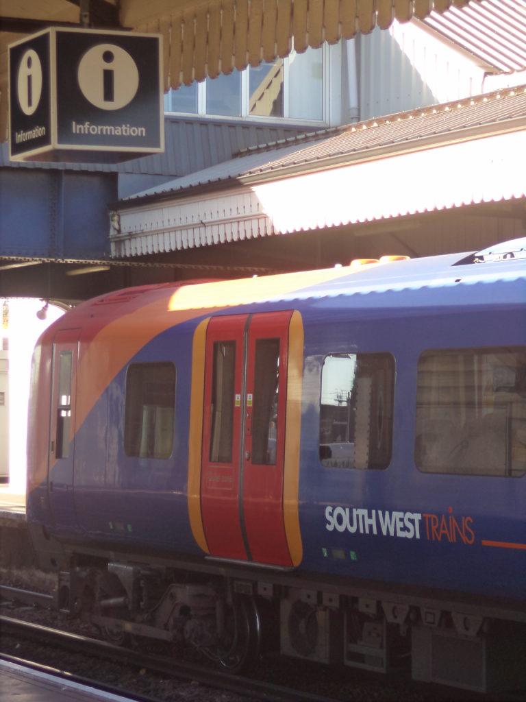 Поезда в Англии